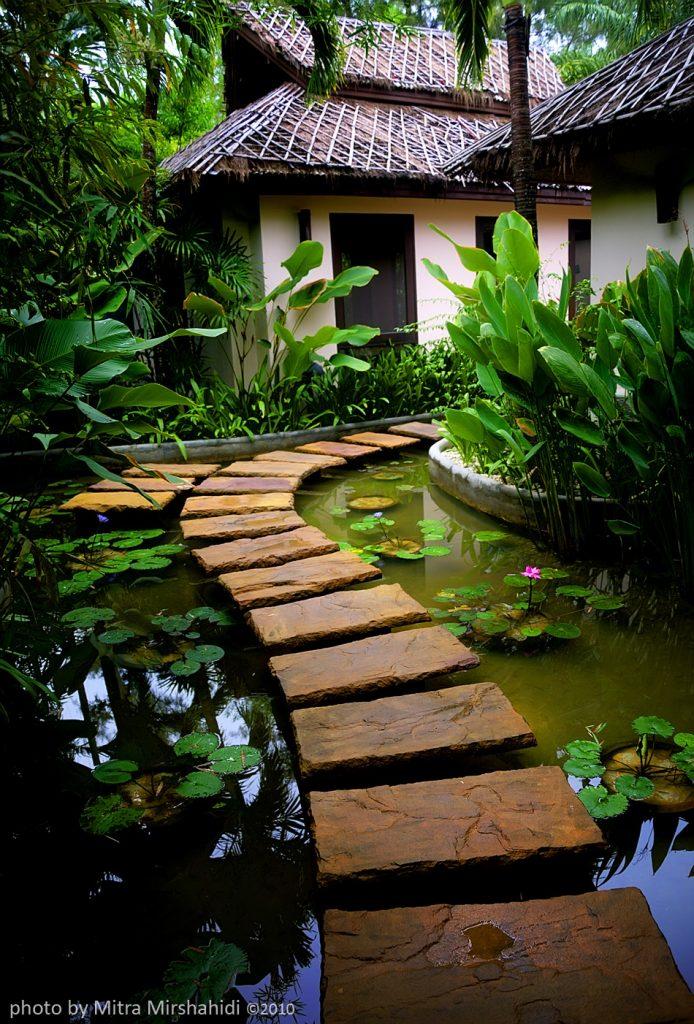 Japanese Garden pond hut